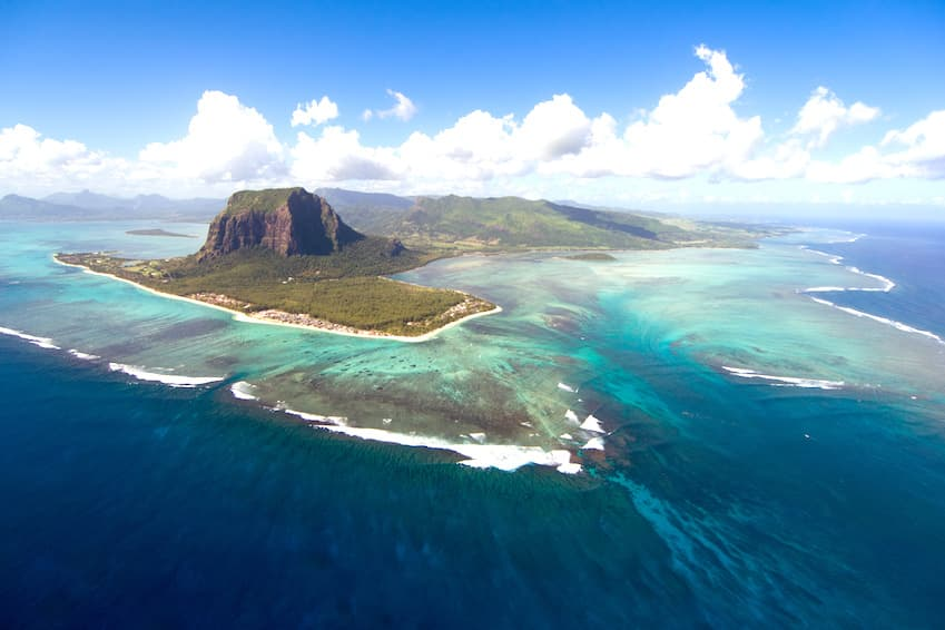 3- Discover Mauritius from the sky